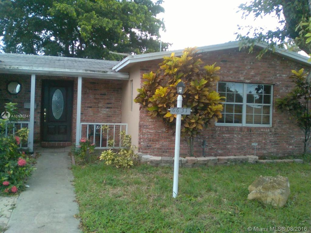Photo of home for sale at 6631 7th Pl SW, North Lauderdale FL