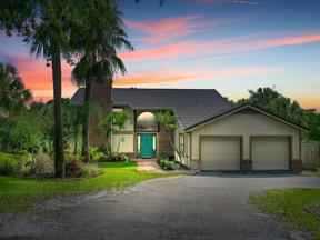 Property for sale at 3880 NE Sugarhill Avenue, Jensen Beach,  Florida 34957