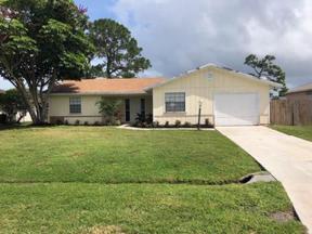 Property for sale at 2473 SE Camarin Street, Port Saint Lucie,  Florida 34952