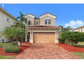 Property for sale at 117 SE Via Sangro, Port Saint Lucie,  Florida 34952
