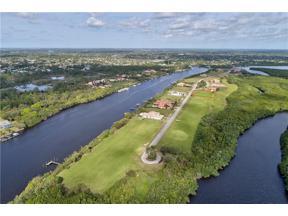 Property for sale at 178 SE Strada Tione, Port Saint Lucie,  Florida 34952