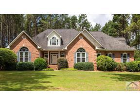 Property for sale at 1021 Mallard Lakes Drive, Bogart,  Georgia 30622