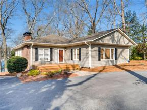 Property for sale at 6705 Crestwood Peninsula, Flowery Branch,  Georgia 30542
