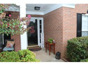 Property for sale at 6228 Stableview Court, Flowery Branch,  Georgia 30542