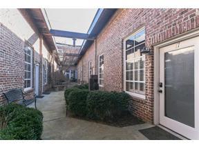 Property for sale at 320 Martin Luther King Jr Drive Unit: 17, Atlanta,  Georgia 30312
