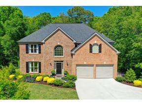 Property for sale at 2402 Timberwolf Court, Buford,  Georgia 30519