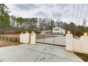 Property for sale at 2430 Holtzclaw Road, Cumming,  Georgia 30041
