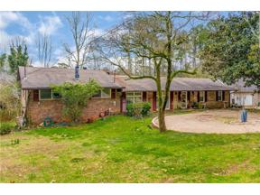 Property for sale at 1050 Wood Valley Road, Cumming,  Georgia 30041