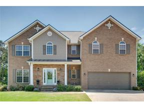 Property for sale at 5806 Little Doe Walk, Flowery Branch,  Georgia 30542