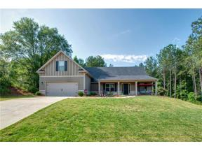 Property for sale at 670 Lena Drive, Hoschton,  Georgia 30548