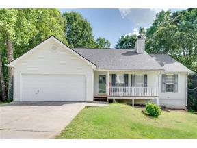Property for sale at 5542 Chestnut Creek Lane, Flowery Branch,  Georgia 30542