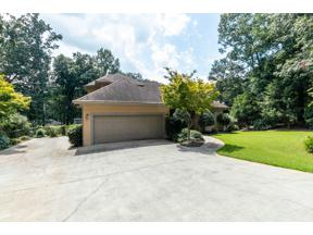 Property for sale at 6453 Chestnut Hill Road, Flowery Branch,  Georgia 30542