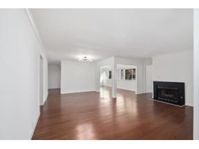 Property for sale at 30 Dunwoody Springs Drive, Sandy Springs,  Georgia 30328