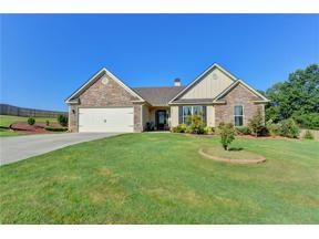Property for sale at 285 Cambridge Farms Drive, Hoschton,  Georgia 30548