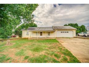 Property for sale at 6704 Spout Springs Road, Flowery Branch,  Georgia 30542