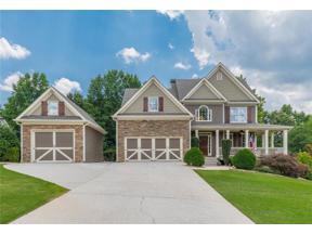 Property for sale at 5885 Twelve Oaks Drive, Cumming,  Georgia 30028
