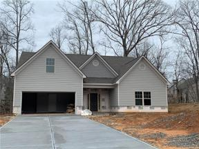 Property for sale at 6611 Blue Cove Drive, Flowery Branch,  Georgia 30542