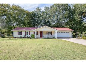 Property for sale at 2925 Spot Road, Cumming,  Georgia 30040