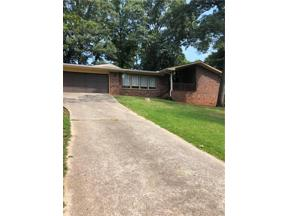 Property for sale at 4524 Holiday Heights Drive, Oakwood,  Georgia 30566