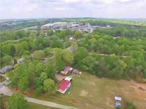 Property for sale at 4917 Hog Mountain Road, Flowery Branch,  Georgia 30542
