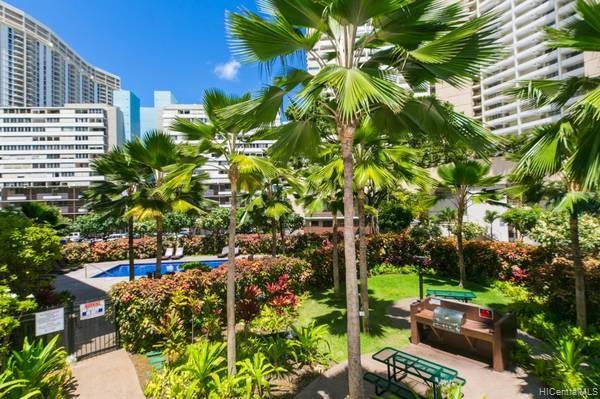Photo of home for sale at 1810 Kaioo Drive, Honolulu HI