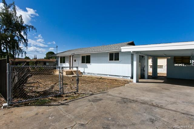 Photo of home for sale at 84-905 Hanalei Street, Waianae HI