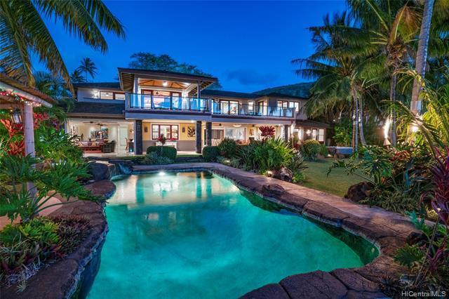 Photo of home for sale at 445 Portlock Road, Honolulu HI