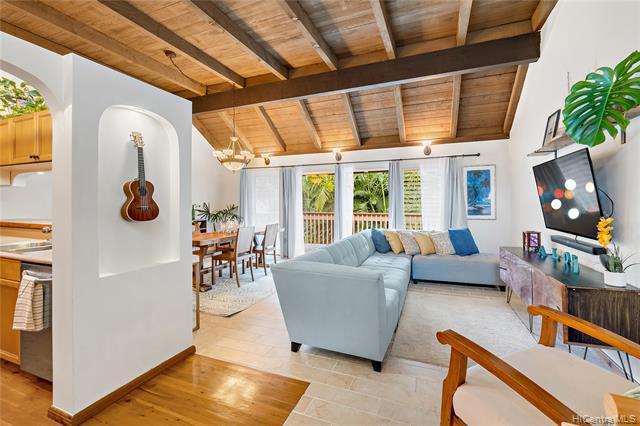 Photo of home for sale at 47-685 Hui Kelu Street, Kaneohe HI