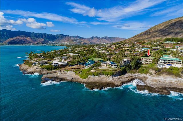 Photo of home for sale at 8 Poipu Drive, Honolulu HI