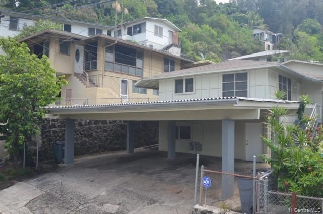 Photo of home for sale at 1718 Violet Street, Honolulu HI
