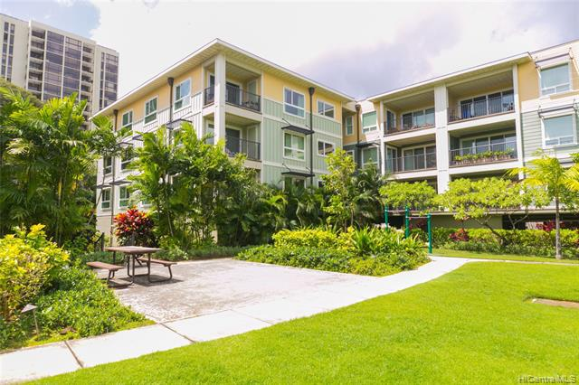 Photo of home for sale at 445 Kailua Road, Kailua HI