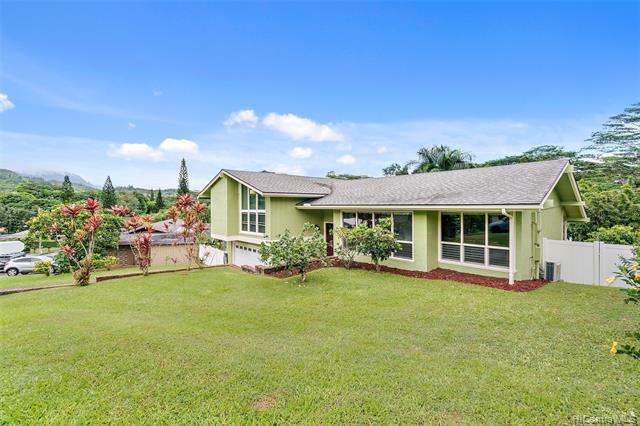 Photo of home for sale at 1231 Lola Place, Kailua HI