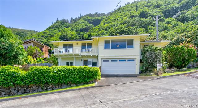 Photo of home for sale at 3077 Woolsey Place, Honolulu HI
