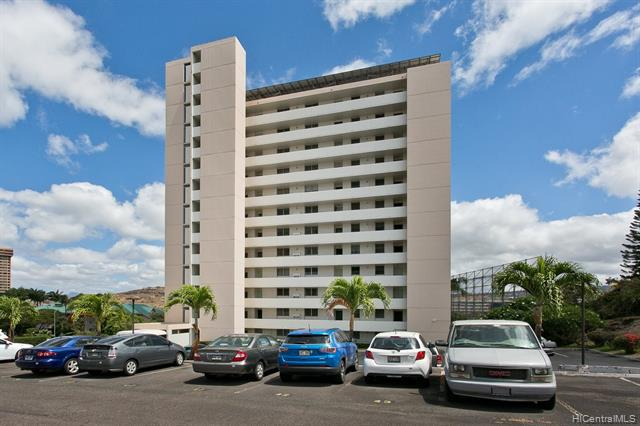 Photo of home for sale at 1031 Ala Napunani Street, Honolulu HI