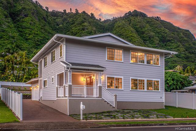 Photo of home for sale at 3140 Manoa Road, Honolulu HI