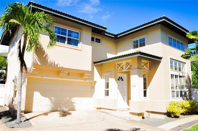 Photo of home for sale at 91-1030 Wahinoho Street, Kapolei HI