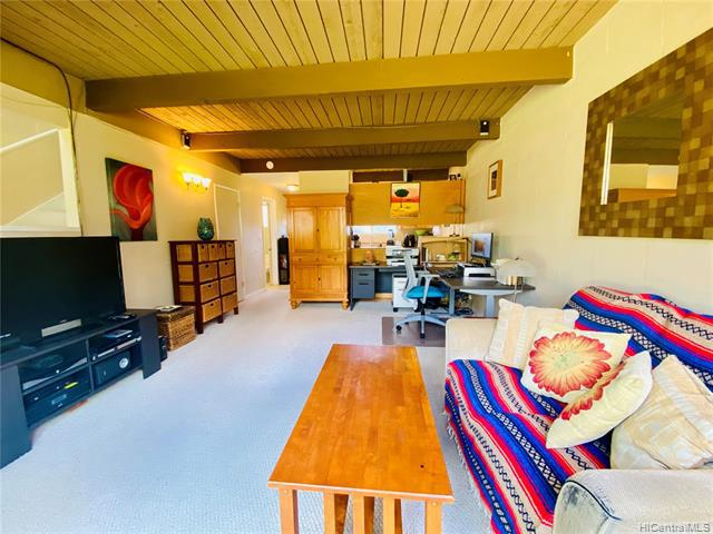 Photo of home for sale at 4167 Keanu Street, Honolulu HI