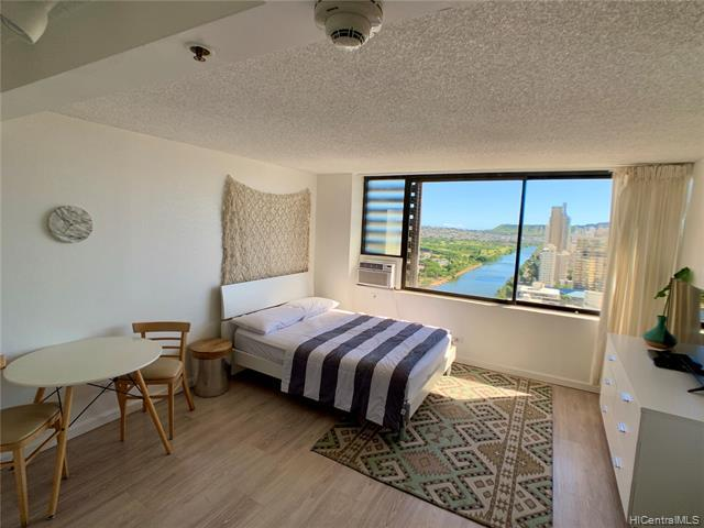 Photo of home for sale at 444 Niu Street, Honolulu HI