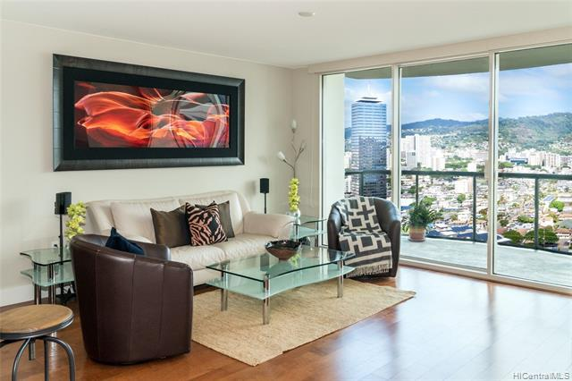 Photo of home for sale at 1837 Kalakaua Avenue, Honolulu HI