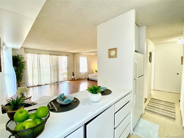 Photo of home for sale at 435 Walina Street, Honolulu HI