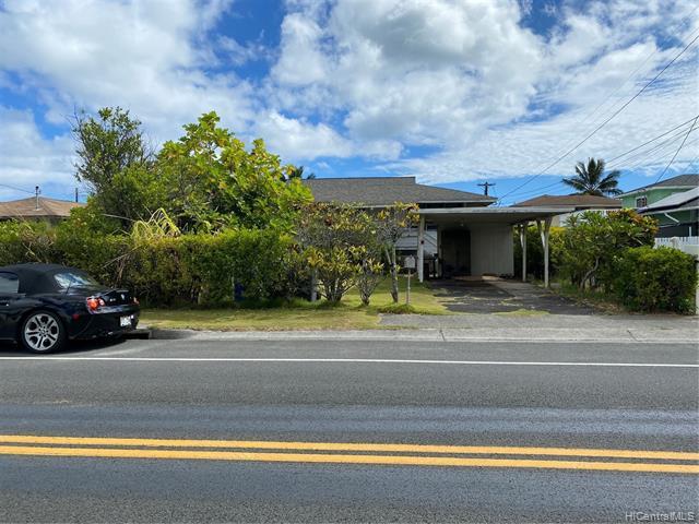 Photo of home for sale at 240 Kihapai Street, Kailua HI