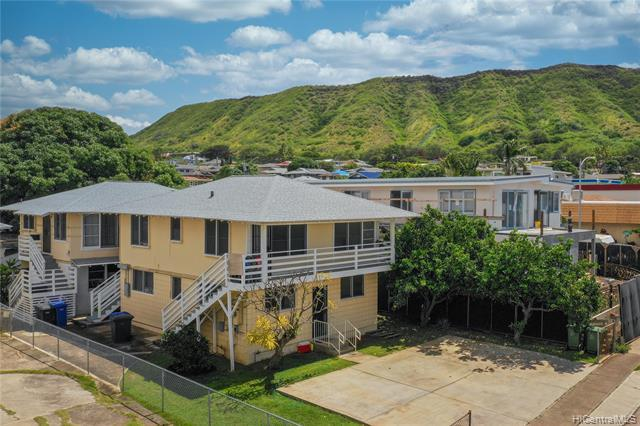 Photo of home for sale at 3554 Campbell Avenue, Honolulu HI