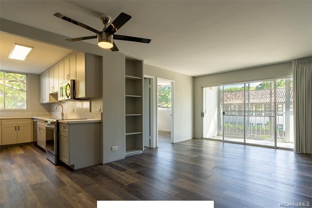 Photo of home for sale at 1710 Punahou Street, Honolulu HI