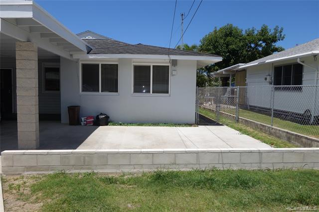 Photo of home for sale at 425C Kalama Street, Kailua HI