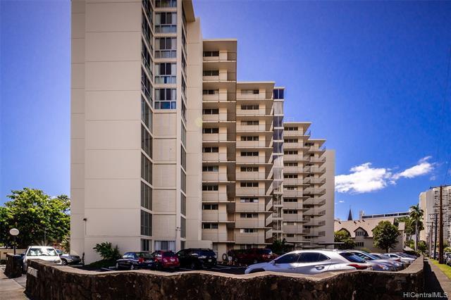 Photo of home for sale at 1634 Makiki Street, Honolulu HI