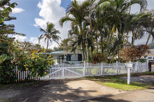 Photo of home for sale at 54-280 Kaipapau Loop, Hauula HI