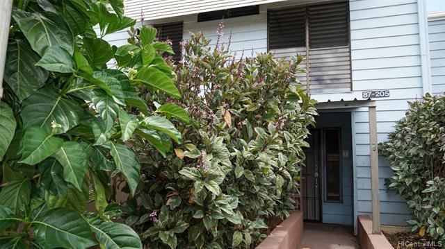 Photo of home for sale at 87-205 Helelua Street, Waianae HI