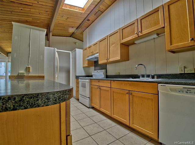 Photo of home for sale at 1683 Hoolana Place, Pearl City HI