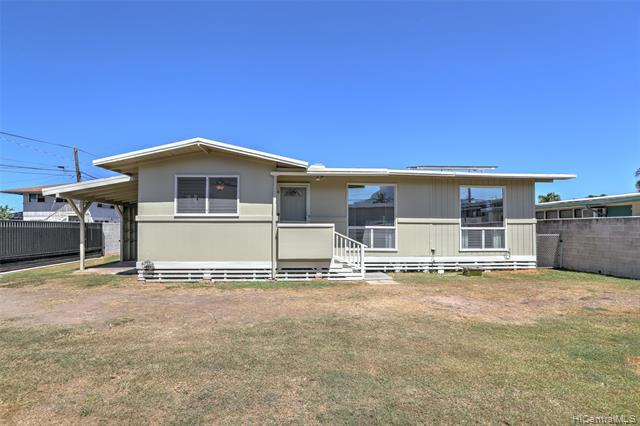 Photo of home for sale at 420A Oneawa Street, Kailua HI
