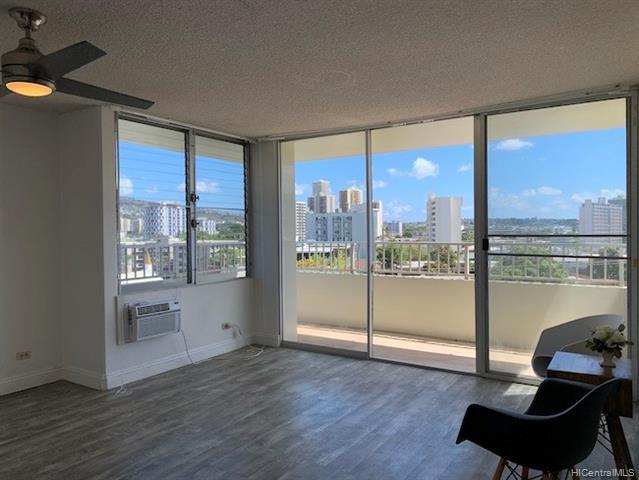 Photo of home for sale at 796 Isenberg Street, Honolulu HI